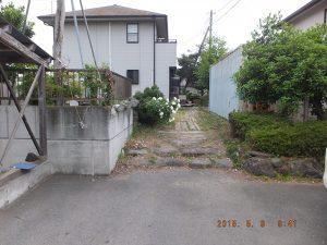 敷地内舗装工事およびカーポート(施工前)